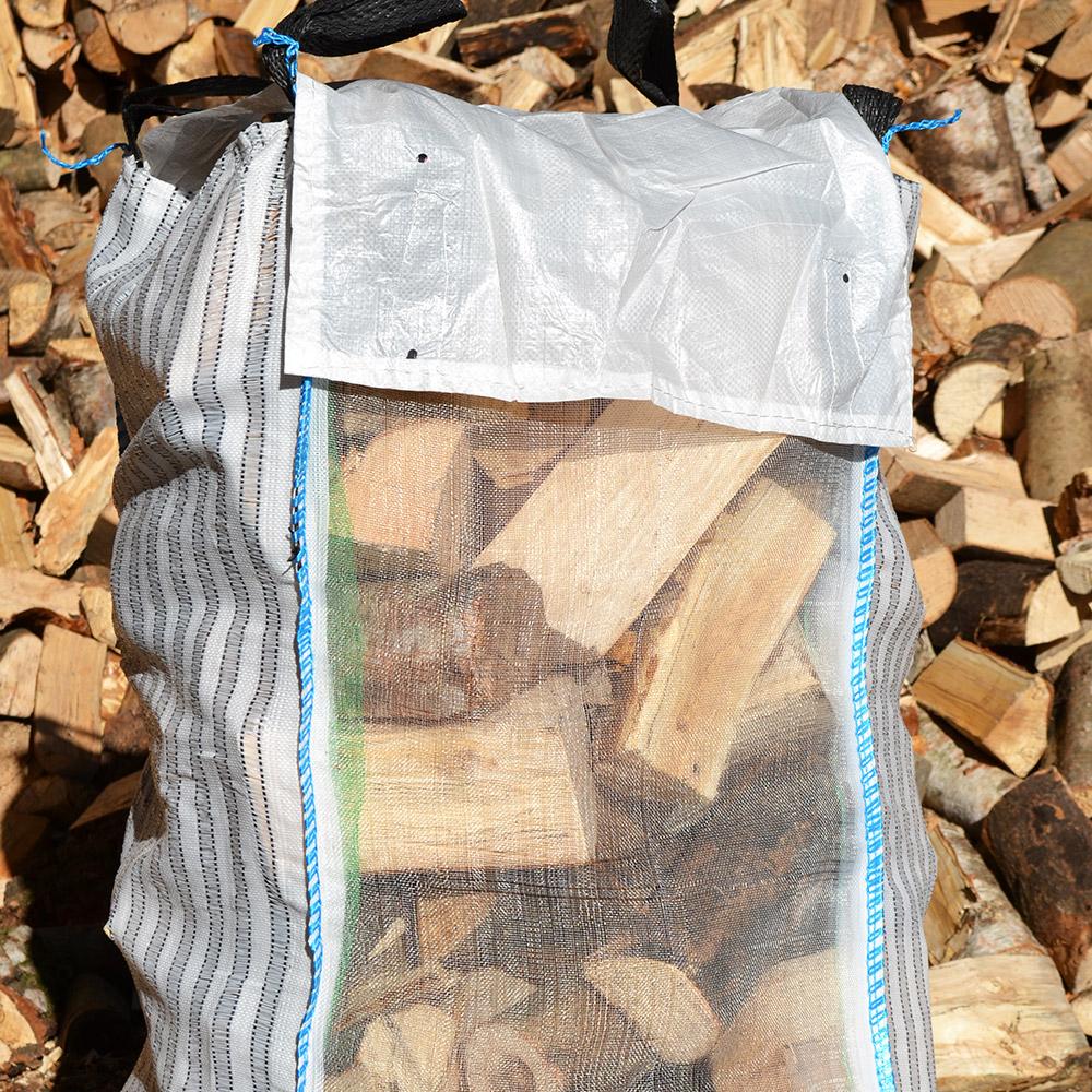 Vented barrow bag complete with rain hood